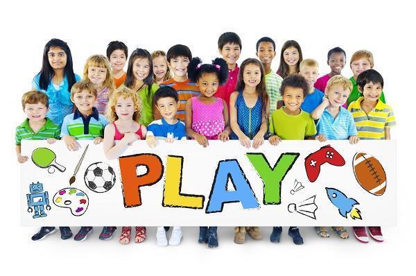 بازی یکی از راه¬های یادگیری بچّه¬هاست. بازی آزاد یا بدون ساختار اوایل کودکی روش مهمّی برای برقراری ارتباط بچّه¬ها با دنیای پیرامونشان است.