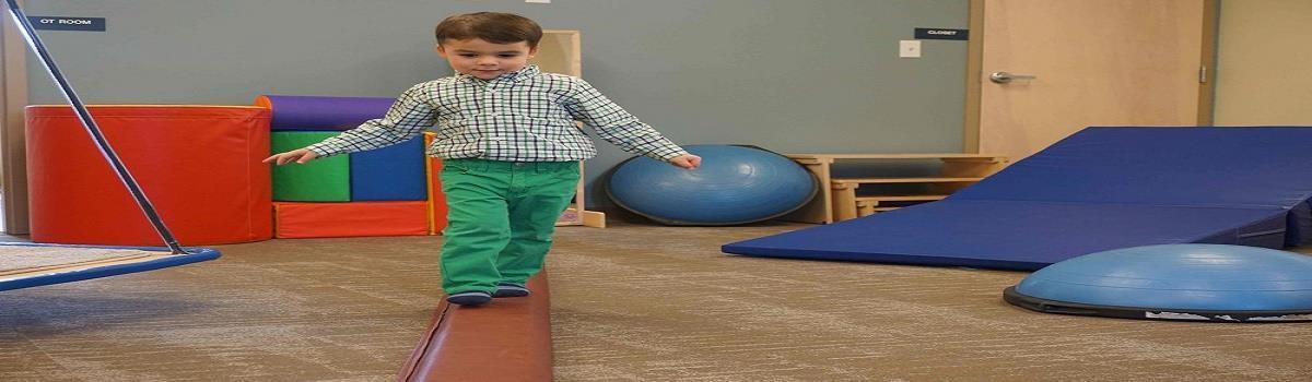 برسی کاردرمانی انواع اختلالات راه رفتن در کودکان فلج مغزی ((کاردرمانی برای راه رفتن کودکان))